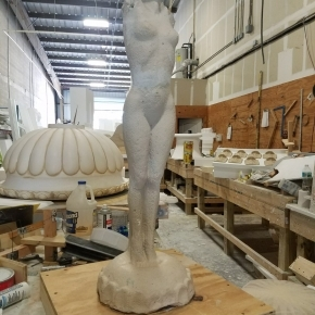 claying statue cast stone